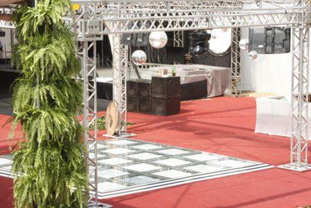 buffet com espaco para eventos estacionamento